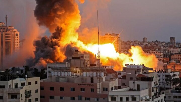 Bombardamenti israeliani su Gaza